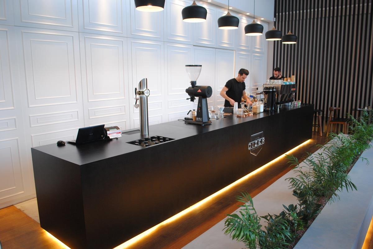 Dizer Coffee Shop